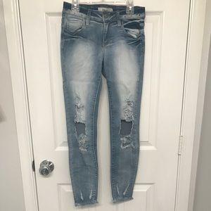 Raw hem destructed jeans